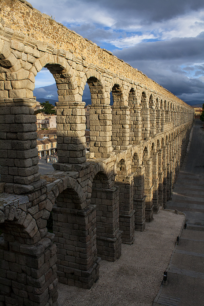 Roman aqueduct running through the town of Segovia, Spain