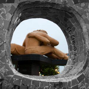 The sculpture, El Beso (The Kiss) in the Parque del Amor, Miraflores district, Lima, Peru